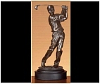 Setting an Aim Golfer Statue