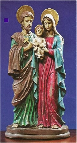 Holy Family Statue with Antiqued Theme
