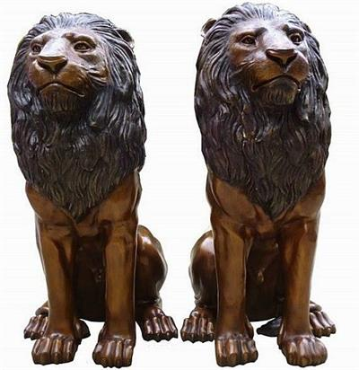 Pair of Grand Entrance Lions