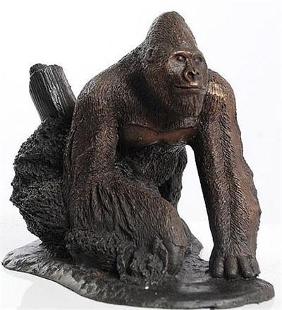 Silverback gorilla figurine - Gorilla figurines ...