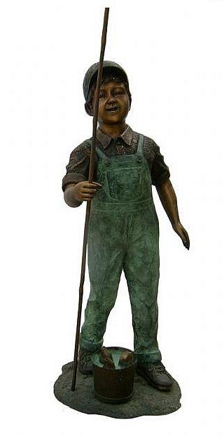 Bronze fishing boy fountain statue for Little boy fishing statue