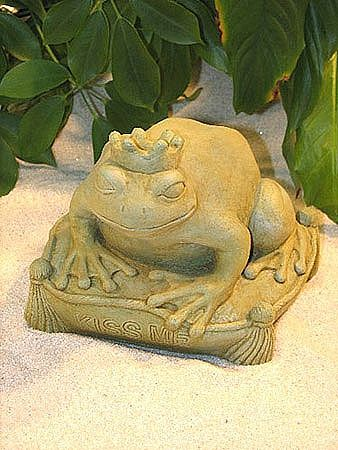 Want a Kiss Frog Statue?