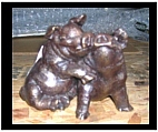 Bronze Kissing Pig Sculpture
