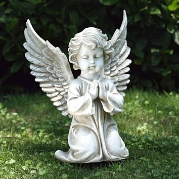 Praying cherub with open wings statue for Praying angel plant