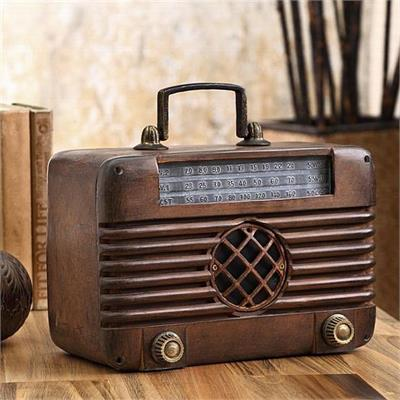 Old Time Radio with Bluetooth Speaker